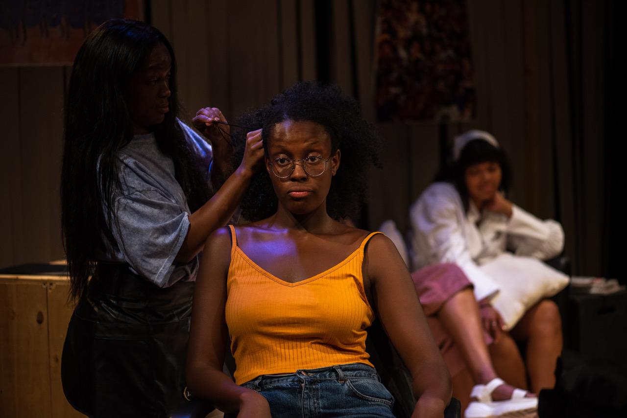 PYNEAPPLE Elise Palmer, Odera Ndujiuba, Amba Rose Mendy (Credit Korey J Ryan)