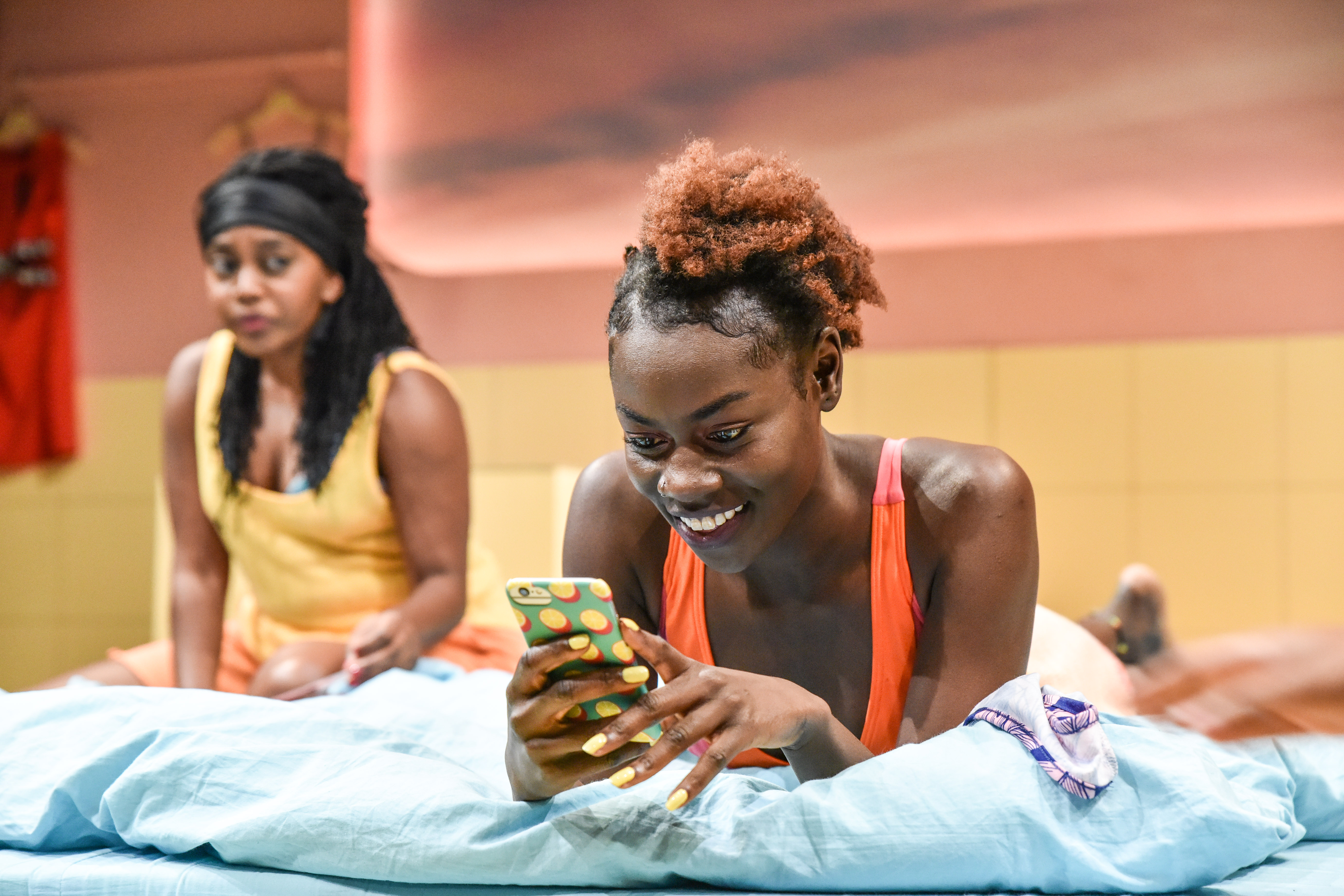 Aretha Ayeh (Alex) and Marième Diouf (Bim) in The Hoes at Hampstead Downstairs. Photo credit Robert Day