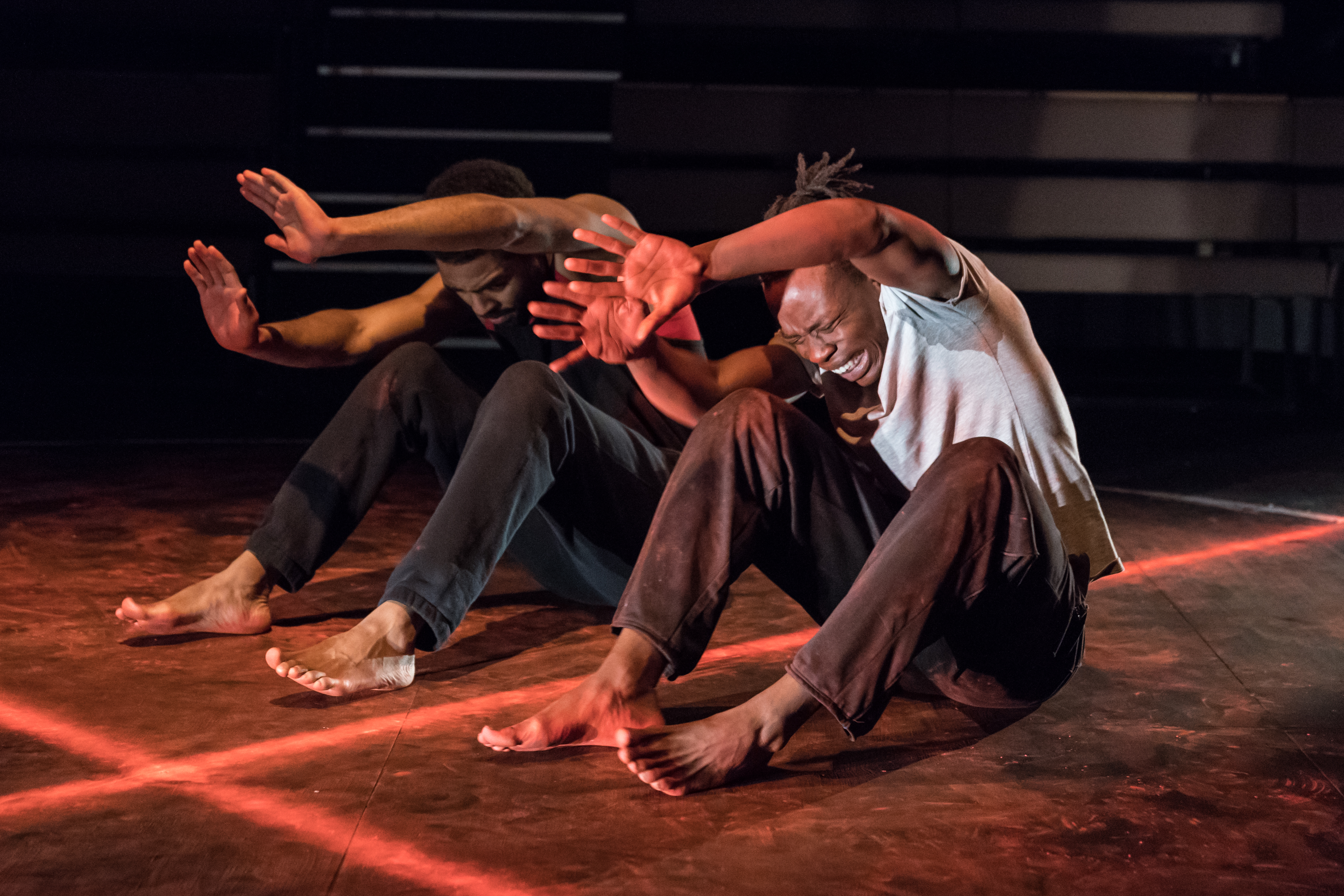 (L to R) Anthony Welsh (Elegba) and Jonathan Ajayi (Oshoosi) in The Brothers Size at Young Vic ©Marc Brenner