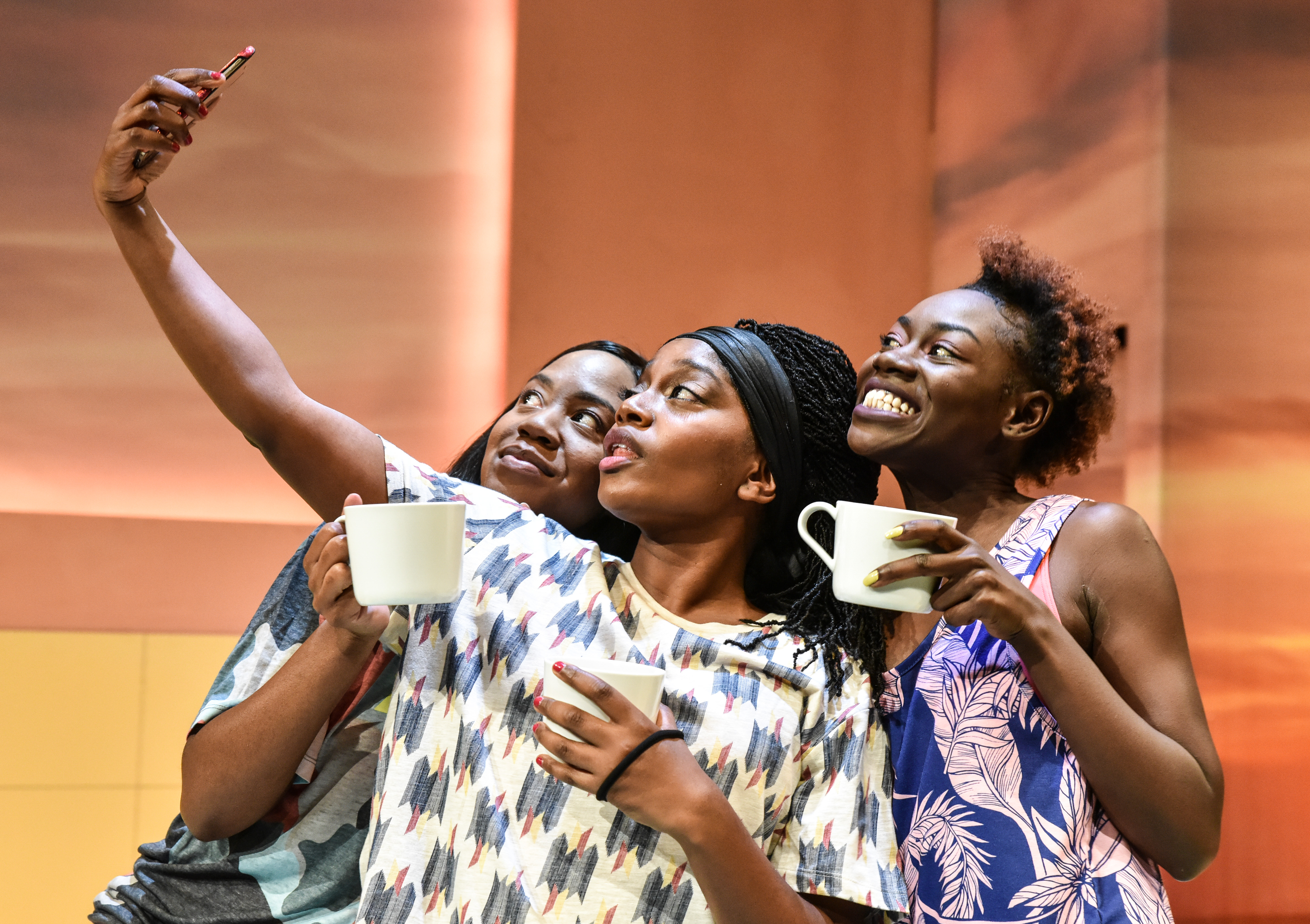 Nicola Maisie Taylor (J), Aretha Ayeh (Alex) and Marième Diouf (Bim) in The Hoes at Hampstead Downstairs. Photo credit Robert Day.