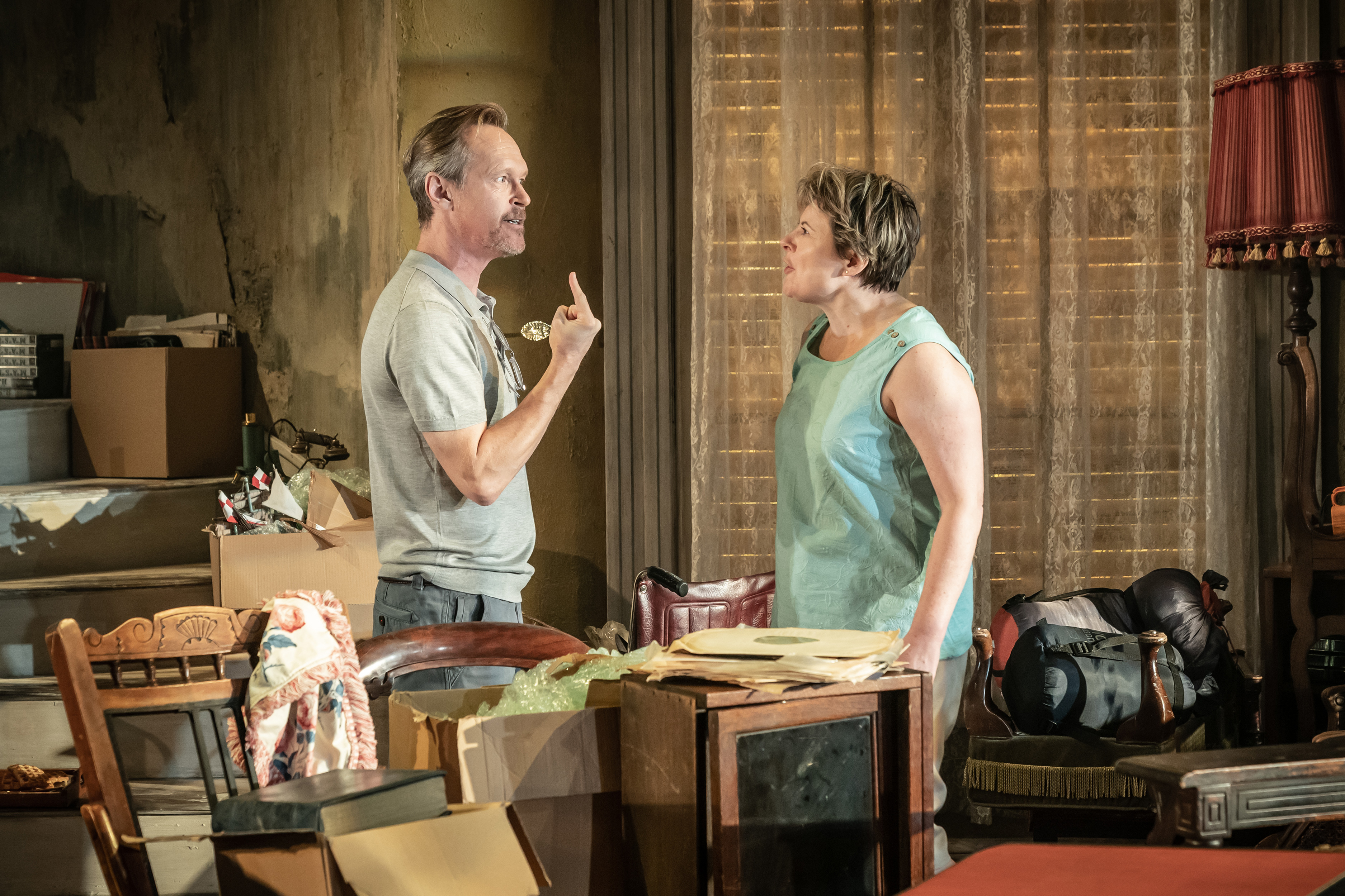 Steven Mackintosh (Bo) and Monica Dolan (Toni) in Appropriate at the Donmar Warehouse. Director Ola Ince, Designer Fly Davis. Photo Marc Brenner