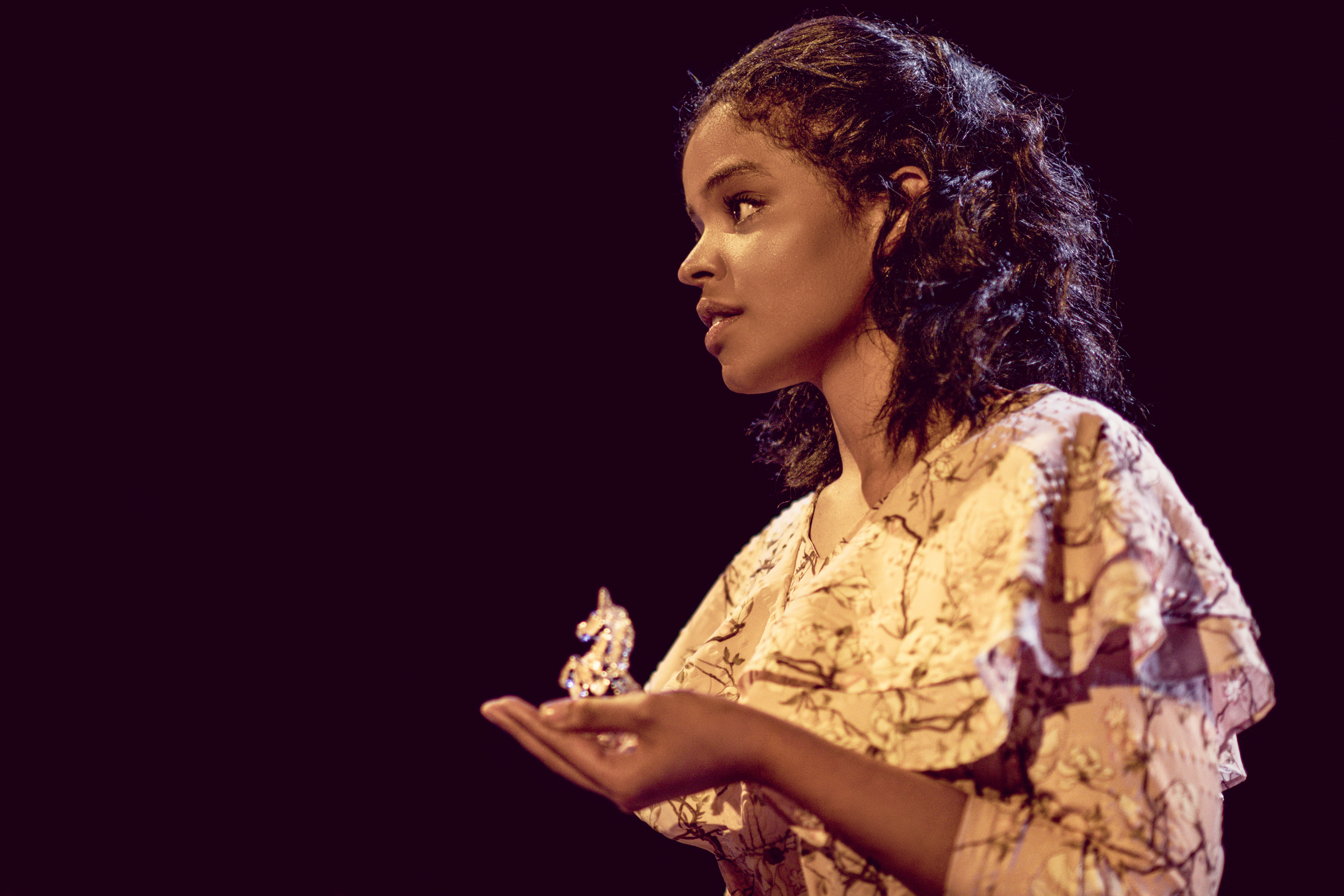 The Glass Menagerie - Naima Swaleh at the Arcola Theatre (c) Idil Sukan
