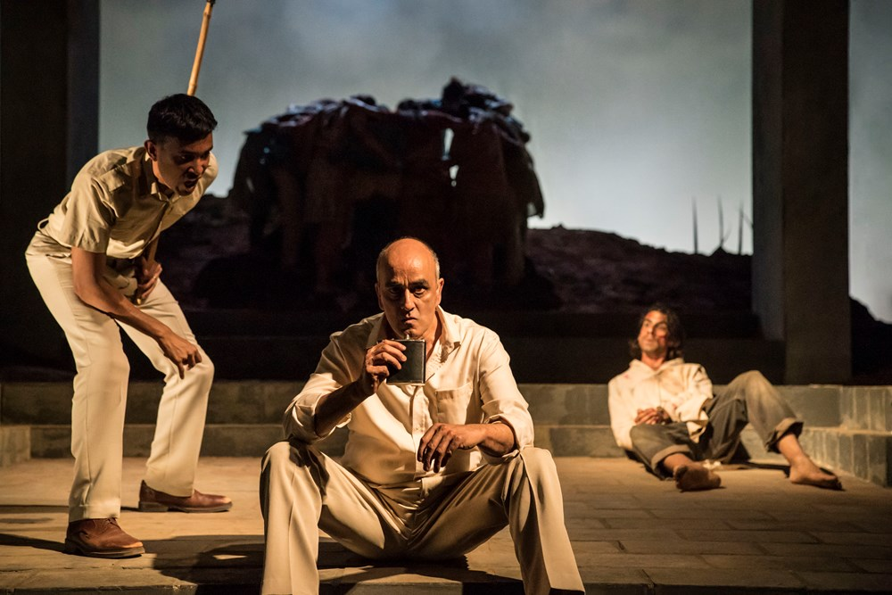 Ragevan Vasan (Ved) and Art Malik (The Inspector) The Village Theatre Royal Stratford East [Photo credits Johan Persson]