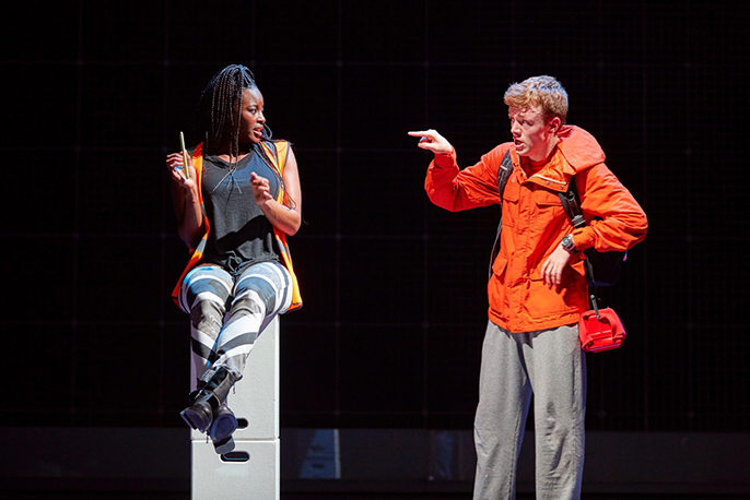 Gemma Knight Jones (information) Joseph Ayre (Christopher) The Curious Incident of the Dog in the Night-Time, Photo by BrinkhoffMögenburg