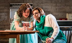 Top Girls by Caryl Churchill - review Lyttleton, National Theatre Review by Nicole V Sylvester