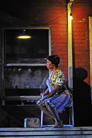 Fences starring Tanya Moodie