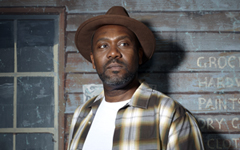 Fences starring Lenny Henry, Richmond Theatre
