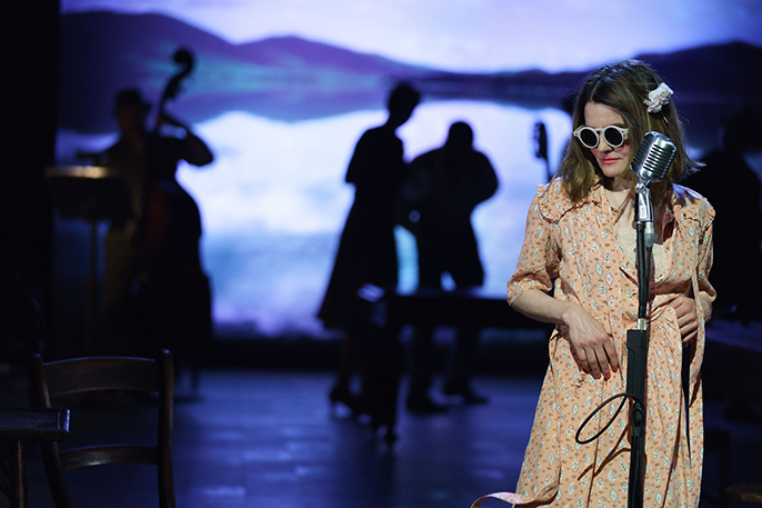 Shirley Henderson (Elizabeth Laine) in GFTNC at The Old Vic. Photo by Manuel Harlan