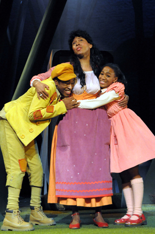 Darren Hart (Hansel), Marcus Powell (Stepmother) and Natalie Best (Gretel) in Hansel and Gretel. Photo by Robert Day