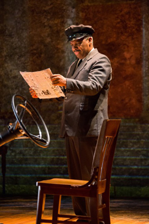 Don Warrington (Hoke Coleburn) in Driving Miss Daisy National Tour - Photo Nicholas Dawkes
