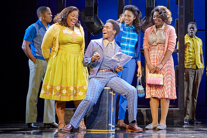(l-r) Amber Riley, Tyrone Huntley, Liisi LaFontaine, Ibinabo Jack in Dreamgirls at the Savoy Theatre. Credit Brinkhoff-Mögenburg