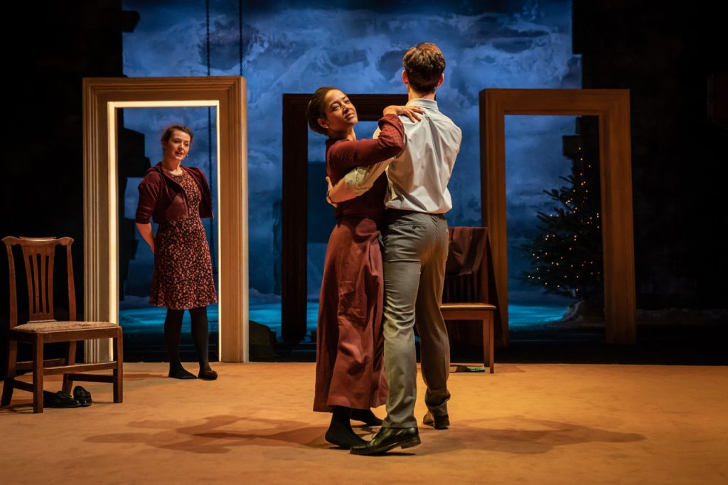 (l-r) Anna Russell-Martin, Amaka Okafor and Luke Norris in Nora: A Doll's House (c) Marc Brenner