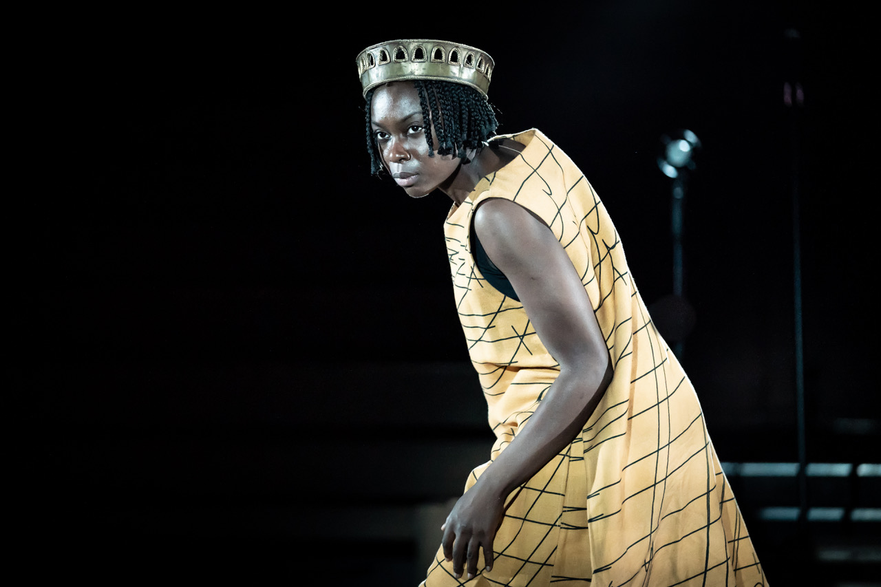 Joan Iyiola in Changing Destiny (c) Marc Brenner
